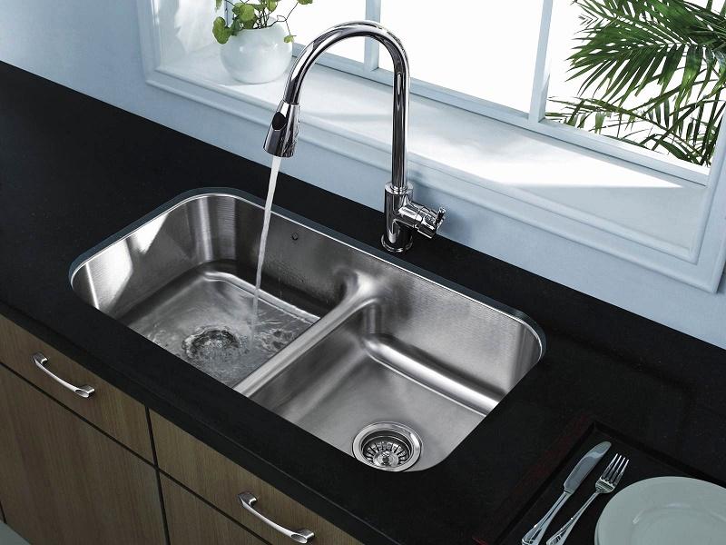 best way to unclog kitchen sink