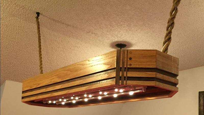 Lights on the baseboards