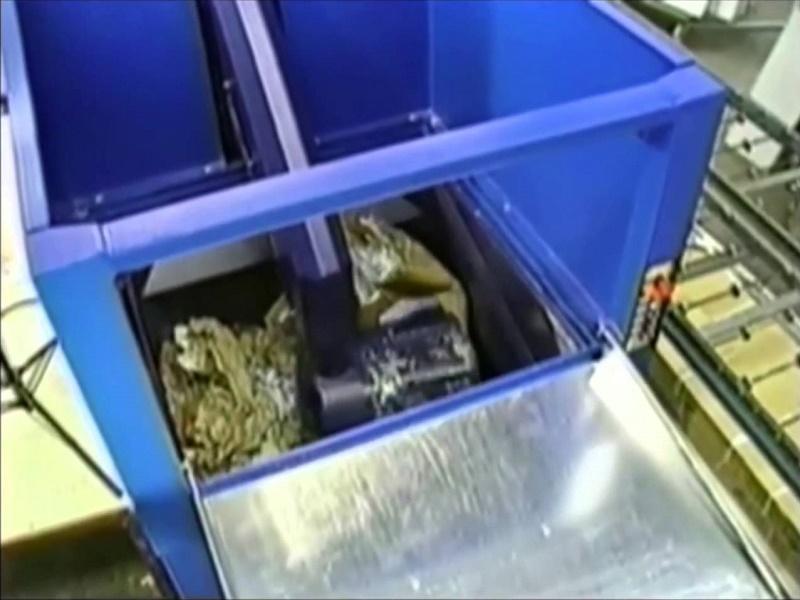 Manual trash compactor benefits