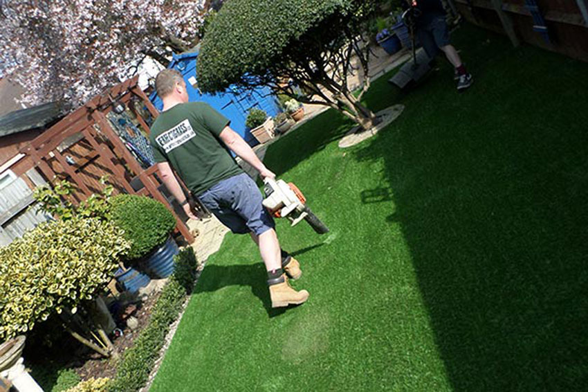 clean artificial turf