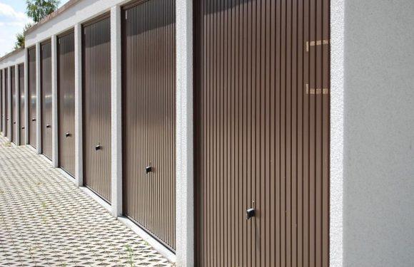 How to fix your squeaking garage door