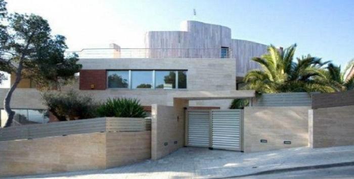 Neymar house at present