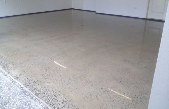 Laying a concrete floor in your garage