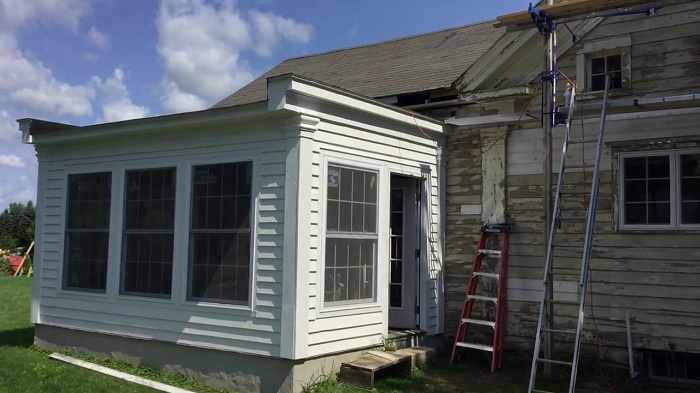restore an antique farmhouse
