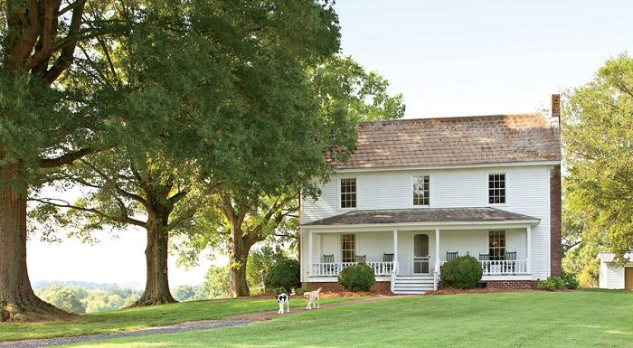 How to Restore an Antique Farmhouse? 13 Secrets Should Know