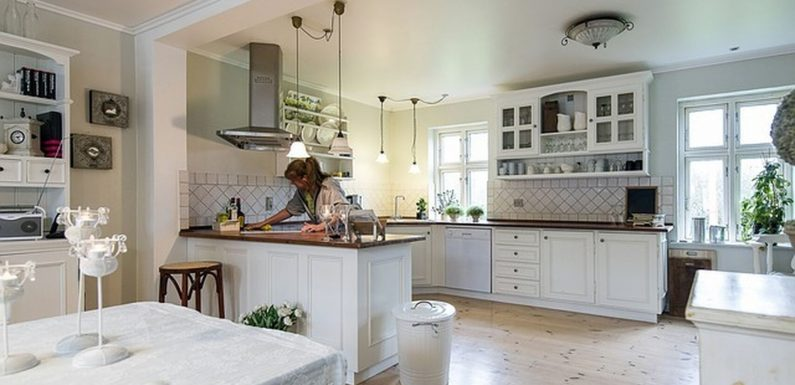 How to Clean Kitchen Furniture Neatly So You Don't Go Crazy
