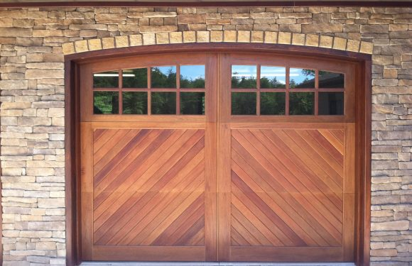 How to Choose a Garage Door Type