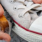 How to wash white tennis shoes