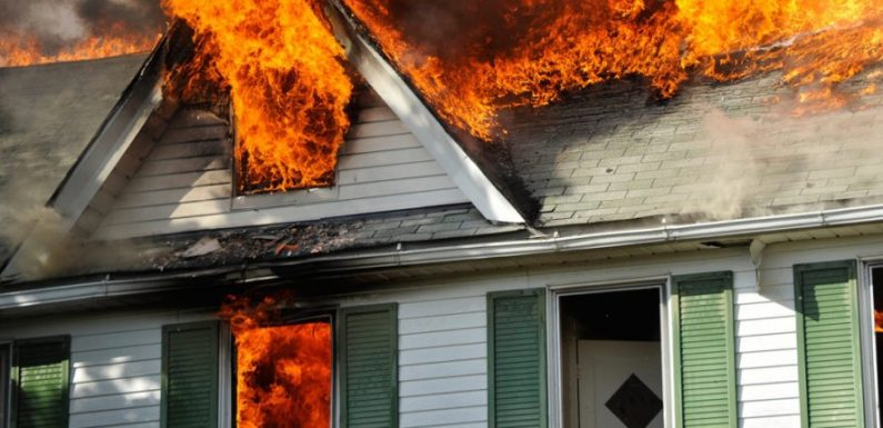 Why You Should Contact Fire Damage Restoration Services