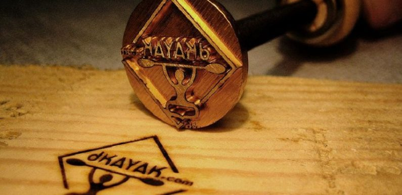 Personalize your wood creations with a branding iron