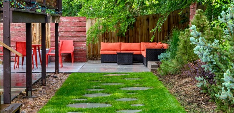 10 Tips to Keeping Your Outdoor Space Bug-Free This Summer
