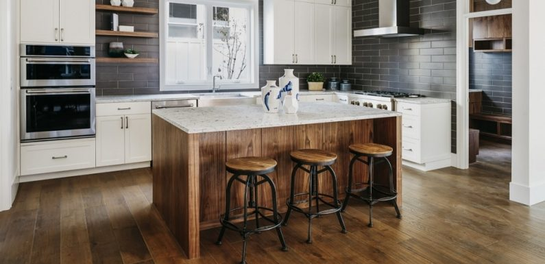 7 Beautiful Flooring Ideas for Your Kitchen